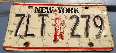1986-2000 New York State Single License Plate Statue of Liberty 7LT-279 Damaged