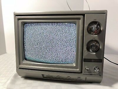 General Electric GE 8-0904 Television Vintage