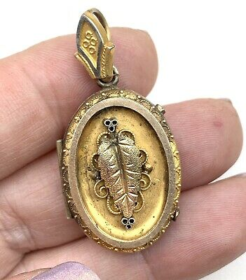 Victorian Etruscan locket Pendant aesthetic period ornate. repousse. gold