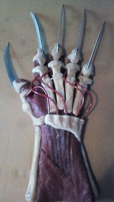 Freddy krueger glove Silicone New Nightmare Rare Metal Blades