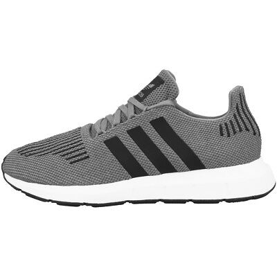 ADIDAS SWIFT COURSE Baskets Chaussures de Loisirs Sport Gris Three Core Black