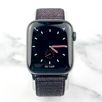 Apple Watch Series 4 44 mm Space Gray Aluminum with Black Loop (GPS + Cellular)