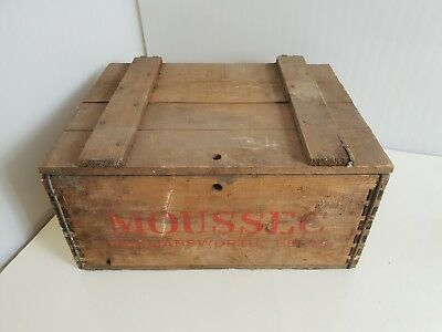 Vintage Wine Crate Moussec Advertising Bottle Crate With Lid! Rare Baby Bottles