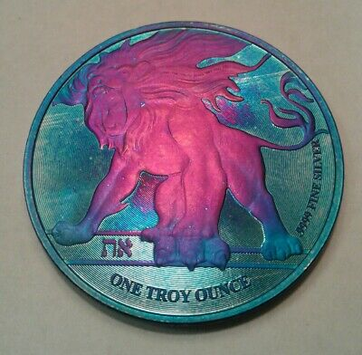 2018 Niue roaring lion 1oz Silver Coin, with Beautiful, TONED