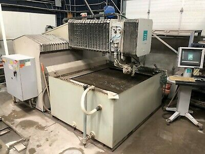 Flow Abrasive Waterjet System IFB 4400 - 4'x4' (Current model M3 1313b)