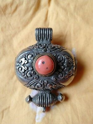 19th century Tibetan silver Gau box decorated coral carved flowers #91704