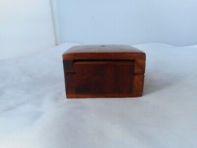 VINTAGE TREEN BOX-6.25x6.25cms and 3.5cms high-WITH BRASS INLAY