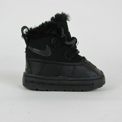 a87f603856bc1 NIKE WOODSIDE CHUKKA 2 Boots Black Hyper TD Toddler 859427-002 Size 2c