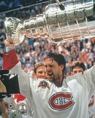 PATRICK ROY MONTREAL CANADIENS  CUP UNSIGNED 8x10 Photo (B)