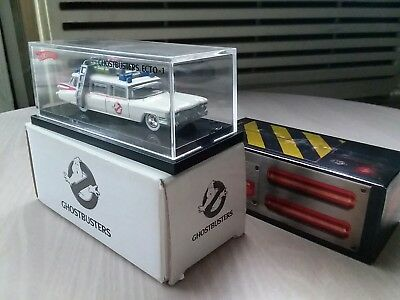 2010 SDCC Mattel Hot Wheels exclusive Ghostbusters Ecto1 '59 cadillac ambulance