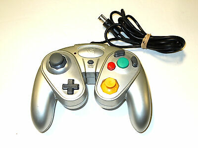 Pelican G3 Wired Controller For Nintendo GameCube - Silver