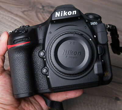 Nikon D850, NEW, 1 year warranty, SPECIAL DISCOUNTED PRICE, Italian available !