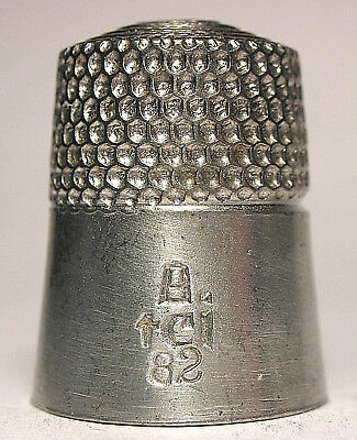 Near Mint Simons Polished Pewter Thimble - 3rd TCI Convention - Michigan 1982
