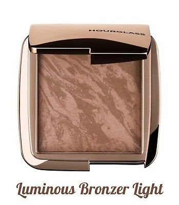 "Hourglass AMBIENT Lighting Bronzer "" Luminous Bronze Light"" 0.39 oz Full Size"