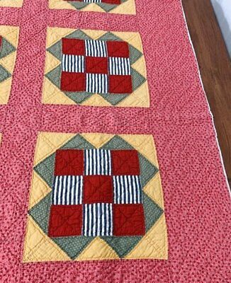 Great Color! c 1900s Union Square QUILT Vintage RED Green Cheddar