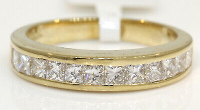 Stunning 18K Yellow Gold Band With 1.75 Ctw Diamonds! 5.2 Grams #n25