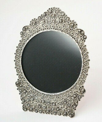 Small Photo Frame, Filigran-Arbeit, Silver with Stand + Glass, 7x10 Cm. (H20)