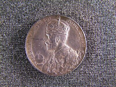 King George V and Queen Mary Silver Coronation coin medal. Coin measures 31mm