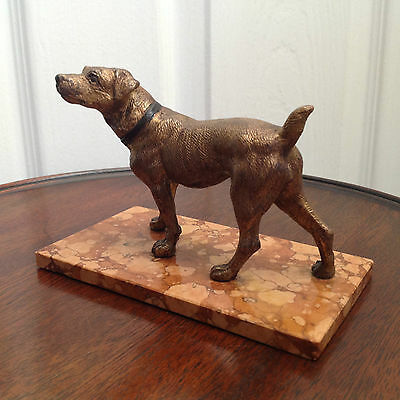 1920s COLD-PAINTED BRAQUE DU BOURBONNAIS DOG METAL STUDY ON MARBLE BASE