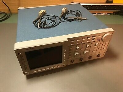 Tektronix TDS784C Color Four Channel Digitizing Oscilloscope