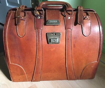 Original VINTAGE ANTIQUE LARGE GENUINE LEATHER DOCTOR BAG