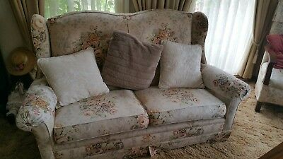 Antique Vintage 2-Seater Wingback Sofa Couch with Sanderson Linen