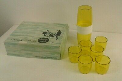 Vintage/retro Hollywood Tamco yellow plastic Cocktail shaker set in original box