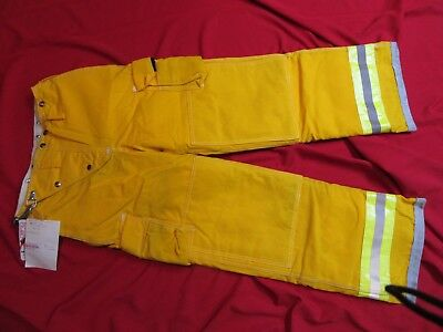 N.O.S. VINTAGE GLOBE Turnout PANTS 30 x 32  FIREFIGHTER FIREMAN BUNKER GEAR LION