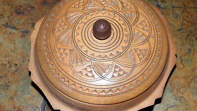 Wooden lidded pot/container