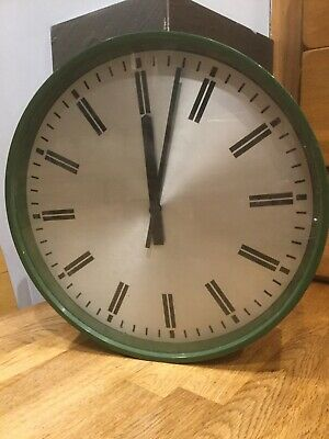 Gents of leicester slave clock vintage rare. Ex MOD 1975
