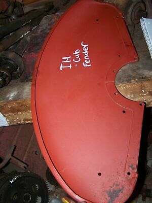 International Cub RH Fender 350961R12