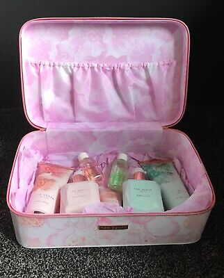 Ted Baker Majestic Marvels Gift Set Vanity Case,body Loyions,hand,wash,bath Gels