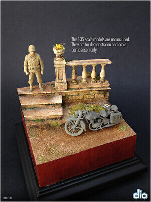 Built & Painted Diorama Base (12cm square) 1:35 Balustrades and stair section