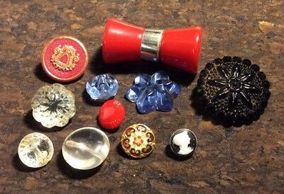 11 Antique & Vintage Buttons, Jelly Mold Pressed Glass, Bakelite Charm-string