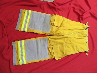 N.O.S. CAIRNS Turnout PANTS 28 x 26  FIREFIGHTER FIREMAN BUNKER GEAR GLOBE LION