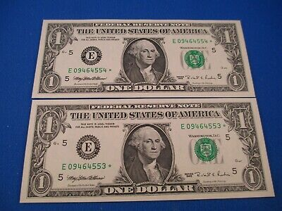 1995 United States One Dollar - Star Note - Pair - Aunc.