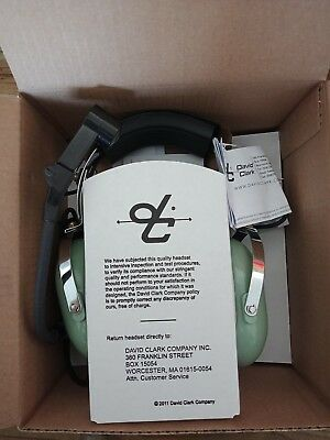 Brand New David Clark aviation H3530 Headset & C35-26 PTT