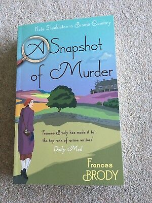 NEW A Snapshot of Murder by Frances Brody