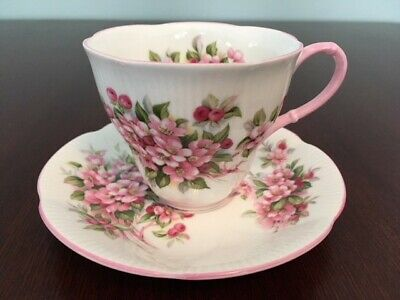 ROYAL ALBERT Blossom Time Series~Apple Blossom Tea Cup & Saucer~Made in England