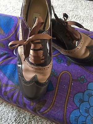 Clarks Ladies Lace Up Brogues