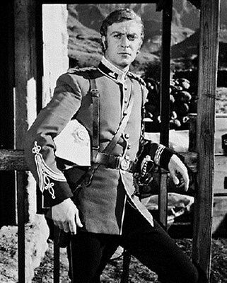 MICHAEL CAINE AS LT. GONVILLE BROMHEAD FROM 8X10 PHOTO great gift idea 170591