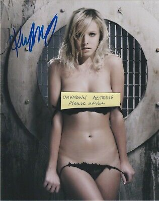 UNKNOWN ACTRESS signed 8x10 Pic please advise should you know