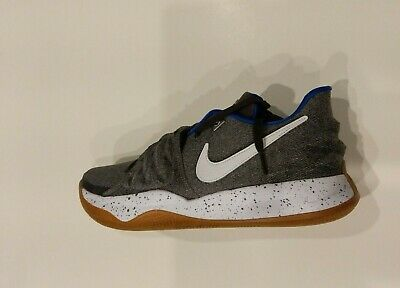 100% authentic 340c1 c5b46 NIKE ZOOM KYRIE 1 Low UNCLE DREW GREY WHITE 4 GUM AO8979-005 SZ-11 IRVING  RARE