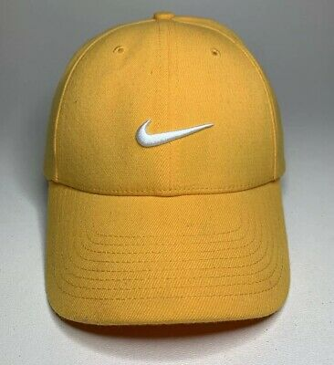 NIKE LEGACY 91 LIVESTRONG Black Yellow Baseball Fitted Hat Stretch ... 76646fb50662