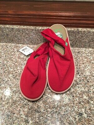 7ef29f703e3 WOMENS SANUK YOGA SLING CRUZ CHILI PEPPER RED SZ US 9 NEW w  TAG NWT