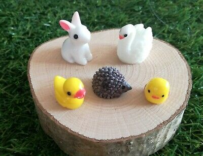 Miniature rabbit, swan, chick, hedgehog, duck, go great with sylvanian families