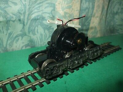 MAINLINE CLASS 45 BROWN NON POWERED BOGIE ONLY
