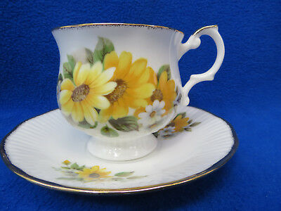Royal Minster Fine Bone China England Tea Cup and Saucer