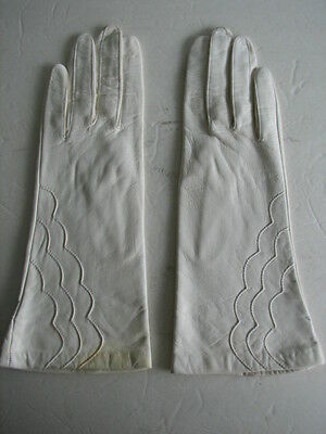 **Grandoe Ladies Cream Leather Gloves  Nylon Lining Size 7