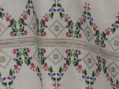 Vntg Embroidered Table Cloth Linen w purple Green coral poppy Ladder Finis 35x58